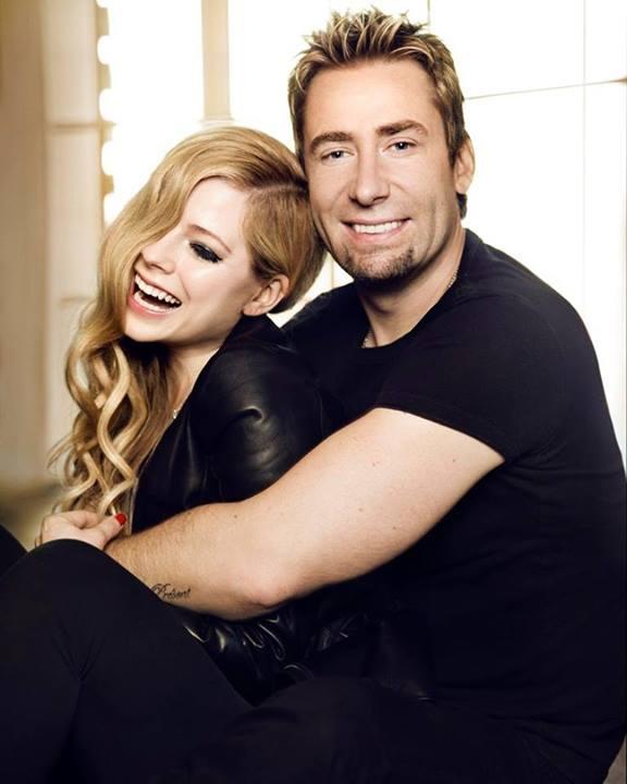 Depois de anunciar a separação, Avril Lavigne divulga foto ... Avril Lavigne Complicated