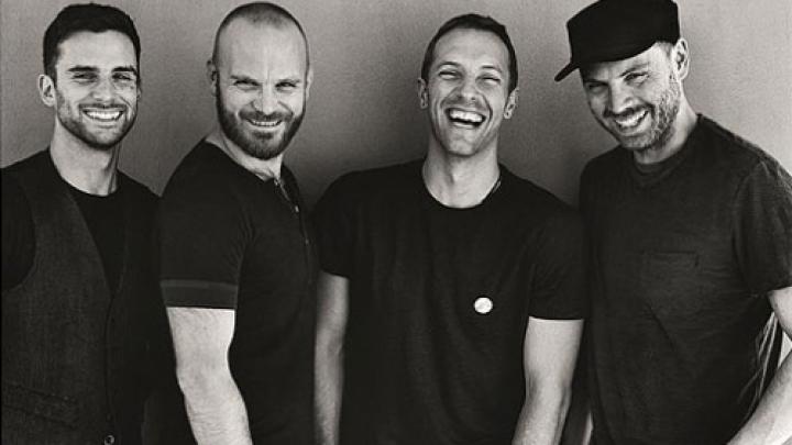 """Miracles"""": Coldplay anuncia faixa inédita para filme de Angelina ..."""