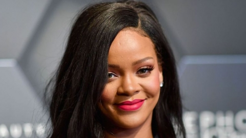 f5b640242 Rihanna faz piada com perguntas sobre novo álbum e deixa fãs ainda mais  ansiosos. Veja!
