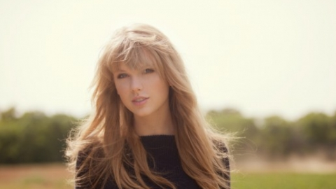 988a08356 Homem que tentou entrar na casa de Taylor Swift é liberado pela justiça