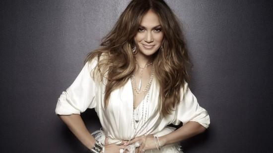"""Ouça """"I Luh Ya Papi"""", novo single de Jennifer Lopez"""