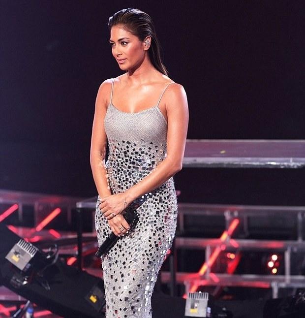"""Buttons The Pussycat Dolls Snoop Dogg: Nicole Scherzinger E Olly Murs Se Apresentam No """"X Factor"""