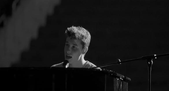 Shawn Mendes Libera Clipe Ac Stico De Mercy Vagalume